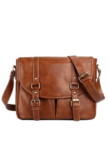 Lara brown Men's Buckle Messenger Bag 72DD7ACE29311AGS_1