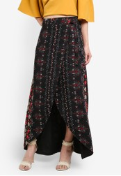 Something Borrowed black Printed Wrap Skirt 6F54BAA2CC699EGS_1