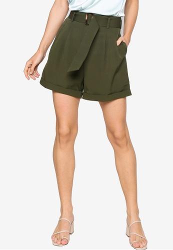 ZALORA WORK green Belted Shorts 46D4FAAEE5A712GS_1