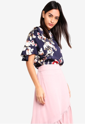 ZALORA multi and navy Flare Sleeves Blouse 04817AA36A5E99GS_1