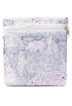 Penguins & Polar Bears Tote in Pouch