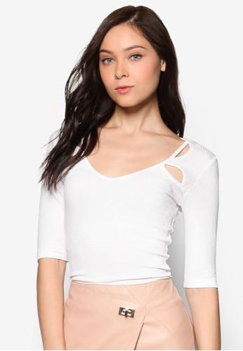 鏤空五分袖T-shirt、 服飾、 上衣RiverIsland鏤空五分袖上衣最新折價