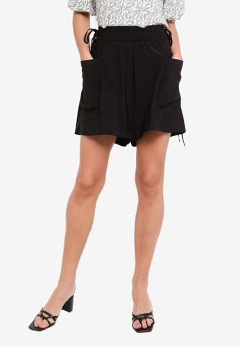 H&M black Paperbag Waist Shorts FE6E1AA11385D9GS_1