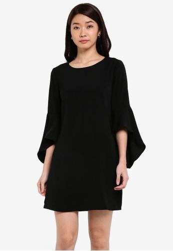 ZALORA black Fit & Flare Sleeves Shift Dress D428CAA2F0763EGS_1