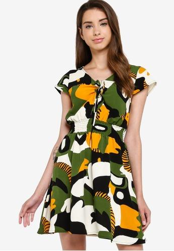Something Borrowed 多色 Smocked 腰圍 修身喇叭裙裁剪 洋裝 95ABAAA797CABAGS_1
