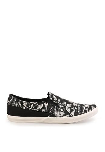 Minarno black Black Printed Slip-On Sneakers MI641SH41CNUID_1