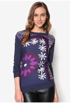 Flat Knitted Pullover