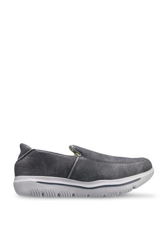 UniqTee grey Lightweight Canvas Slip-On Sport Sneakers FBDE3SHD63455CGS_1