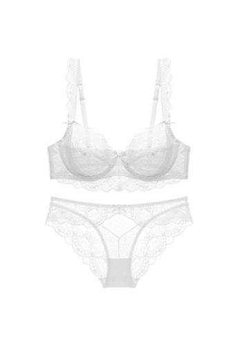 W.Excellence white Premium White Lace Lingerie Set (Bra and Underwear) FEB9DUS6ECB590GS_1