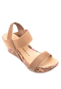 Gene Wedge Sandals