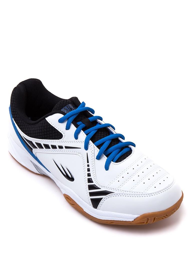 Cross Court Sneakers