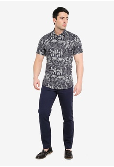 57fd6c357 Topman Navy And White Floral Stretch Skinny Shirt RM 189.00. Sizes XS M L  XL XXL