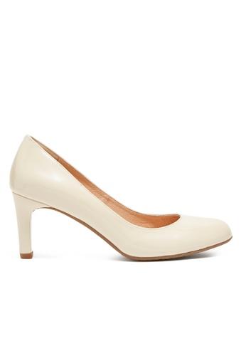 Shu Talk beige Simply Classic Patent Leather Heels SH617SH2VI7LHK_1