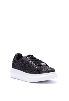20% OFF Steve Madden Queennn PU Upper Sneakers Php 6,450.00 NOW Php  5,160.00 Sizes 6 7 8