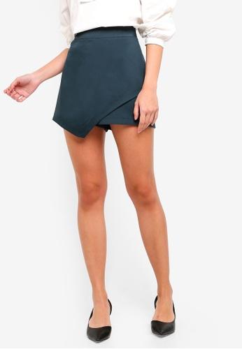 ZALORA green Overlap Shorts 4B84CAAD573974GS_1