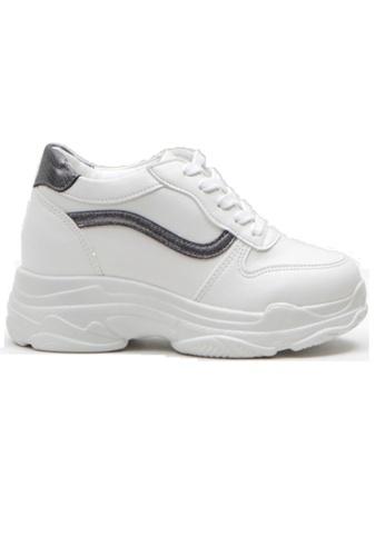 Crystal Korea Fashion 白色 韓國製新款厚底內增高繫帶休閒鞋 A9381SHF251921GS_1