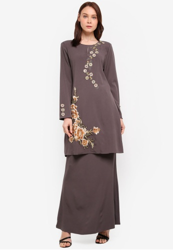 peace collections grey Floral Patch Kurung Modern 60A1AAA25A7418GS_1