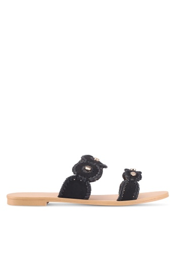 ZALORA 黑色 鉚釘繞帶涼鞋 55CA7SH8A21A3FGS_1
