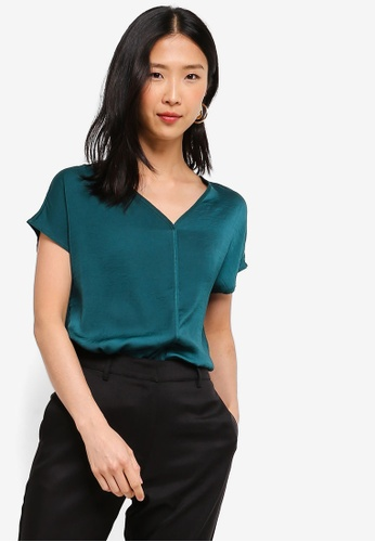 ZALORA BASICS green Basic V-Neck Flowy Top 42D98AA16A7D70GS_1