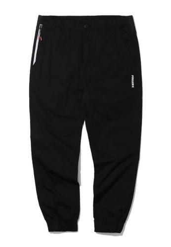 Fingercroxx black Zip pocket chino joggers 0F849AA8D39969GS_1