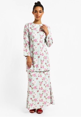 Kurung Angelina D-14 from BETTY HARDY in Pink and Blue and Multi