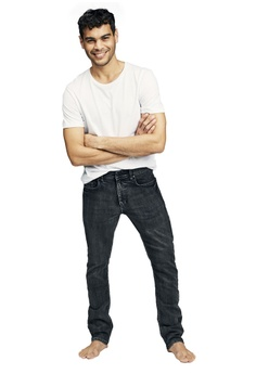 69c88230 50% OFF Cotton On Slim Fit Jeans S$ 49.99 NOW S$ 24.90 Sizes 28 30 32 34 36