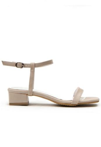 Crystal Korea Fashion beige Korean Summer Versatile Comfortable Flat Sandals 8D4BESHBD5A746GS_1