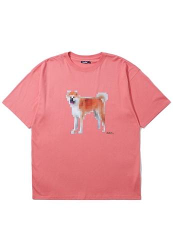 BLOCKAIT pink Pixelated Akita Ken tee 56BA4AA0F6B70DGS_1