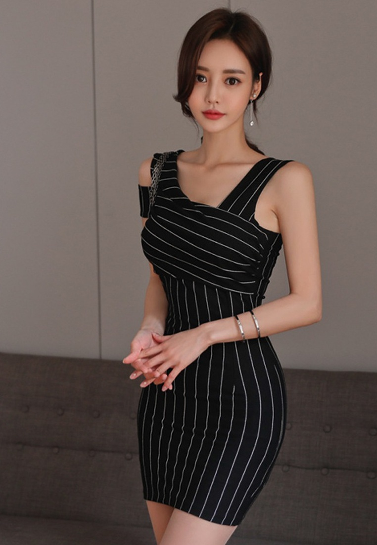 Off Pattern Shoulder Piece Sunnydaysweety 2018 white CA062950MT Black New One Bodycon Dress Pinstripe 1HRqxAxWIn