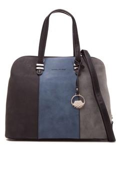 Shoulder Bag D3493