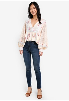 94f2cbd93a12 80% OFF Free People Boogie All Night Printed Blouse RM 769.00 NOW RM 153.90  Sizes L