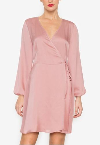 ZALORA OCCASION 粉紅色 綢緞交叉短洋裝 104F7AAE57F559GS_1