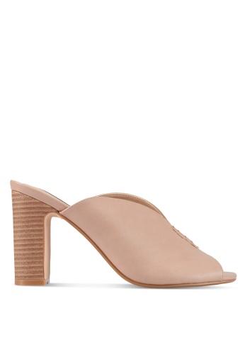ZALORA beige Front Stitch Detail Heels F2A0FSH586FE2FGS_1