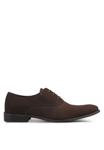 ZALORA brown Faux Suede Leather Oxford Shoes A9817SHC5F47A1GS_1