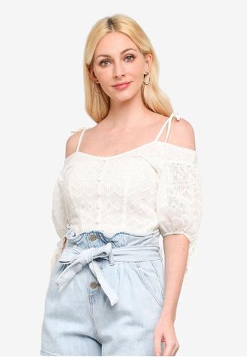 URBAN REVIVO white Charm Lace Top 30F29AA49207EFGS_1