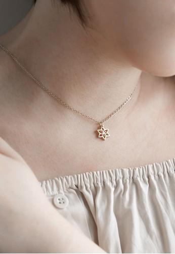 AEROCULATA Aeroculata May Fleur Necklace Birthflower Silver D7D4DACB8D3373GS_1