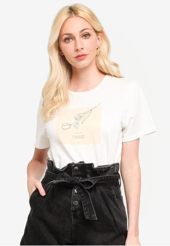 Urban Revivo 白色 Photographic 刺繡T-襯衫 F0699AA821216DGS_1
