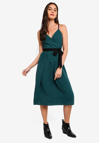 ZALORA green and multi Cross Back Overlap Dress 4A739AAA8A213AGS_1