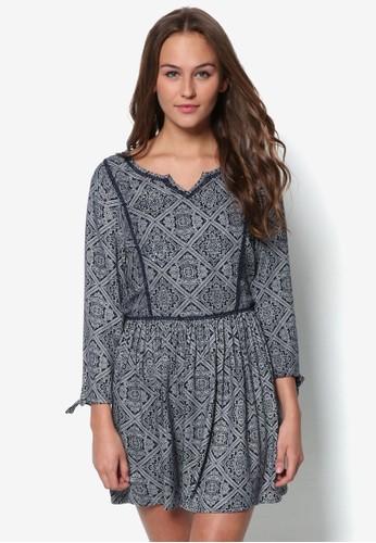 印zalora時尚購物網評價花滾邊七分袖洋裝, 服飾, 服飾
