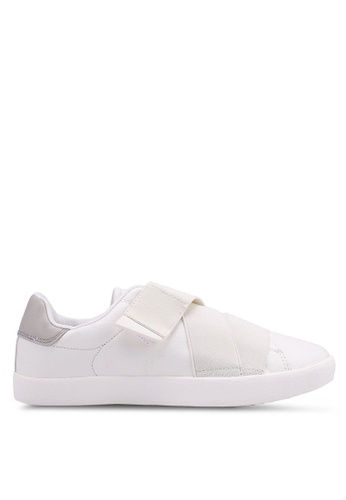 Bata white Slip On Sneakers E91AASH90C1C50GS_1