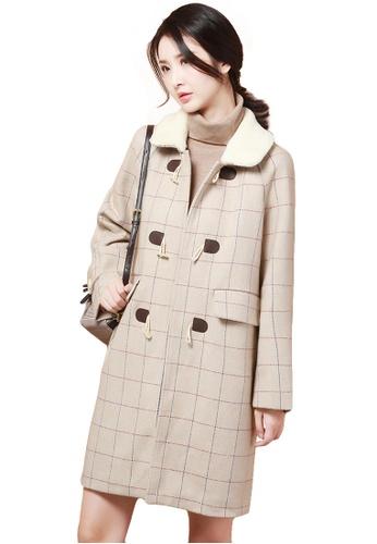 A-IN GIRLS beige Literary Horn Buckle Checkered Jacket 3A08FAA1B84613GS_1