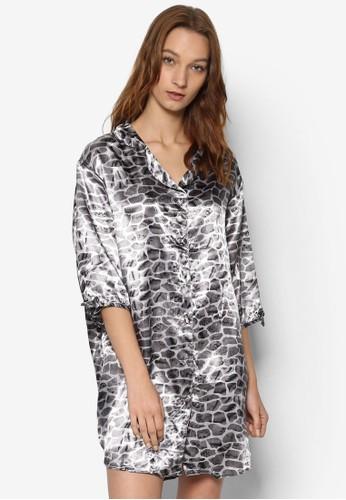 綢緞印花襯衫連身裙esprit 請人, 服飾, 睡衣, 睡裙和連身內衣