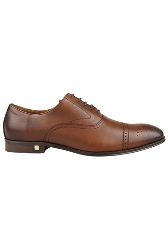 Tomaz brown Tomaz F211 Brogue Oxford Lace Up (Brown) 4E81CSH52CEA97GS_1