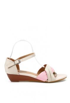 【ZALORA】 撞色抓摺布面舒適露趾小坡跟涼鞋