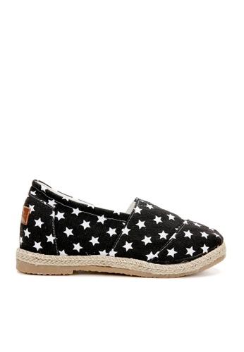 KissXXX 黑色 美國星星系列美腿效果5CM內增高帆布休閒鞋 KI603SH09MUITW_1