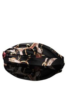 c72c55eb4459 15% OFF River Island Black Chain Print Headband RM 69.00 NOW RM 58.90 Sizes  One Size