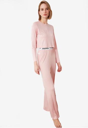 Trendyol pink Detailed Knit Pajama Set 37BF3AA0574E7DGS_1