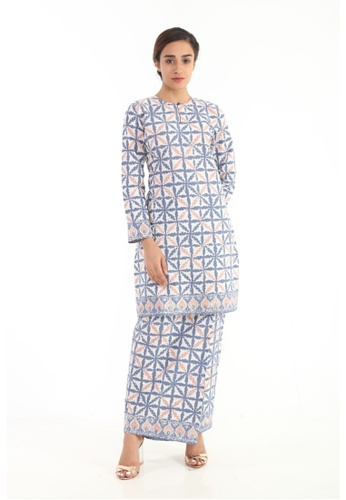 Amar Amran blue Kurung Moden Batik Pastel 26C13AA4610BB8GS_1