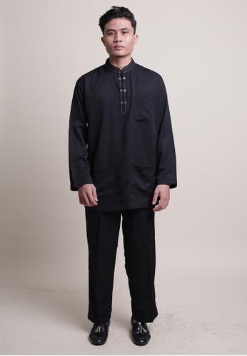 Denai Boutique black Baju Melayu Ziyyad 6FA20AA1E8314AGS_1