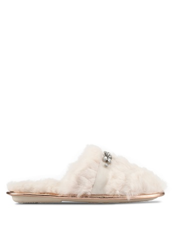 River Island beige Cream Quilted Closed Toe Slippers RI009SH0S8SSMY_1
